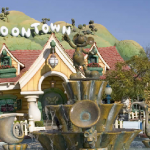 Parques temáticos dentro de Disneyland Tokio