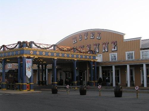 hotel-cheyenne-entrada